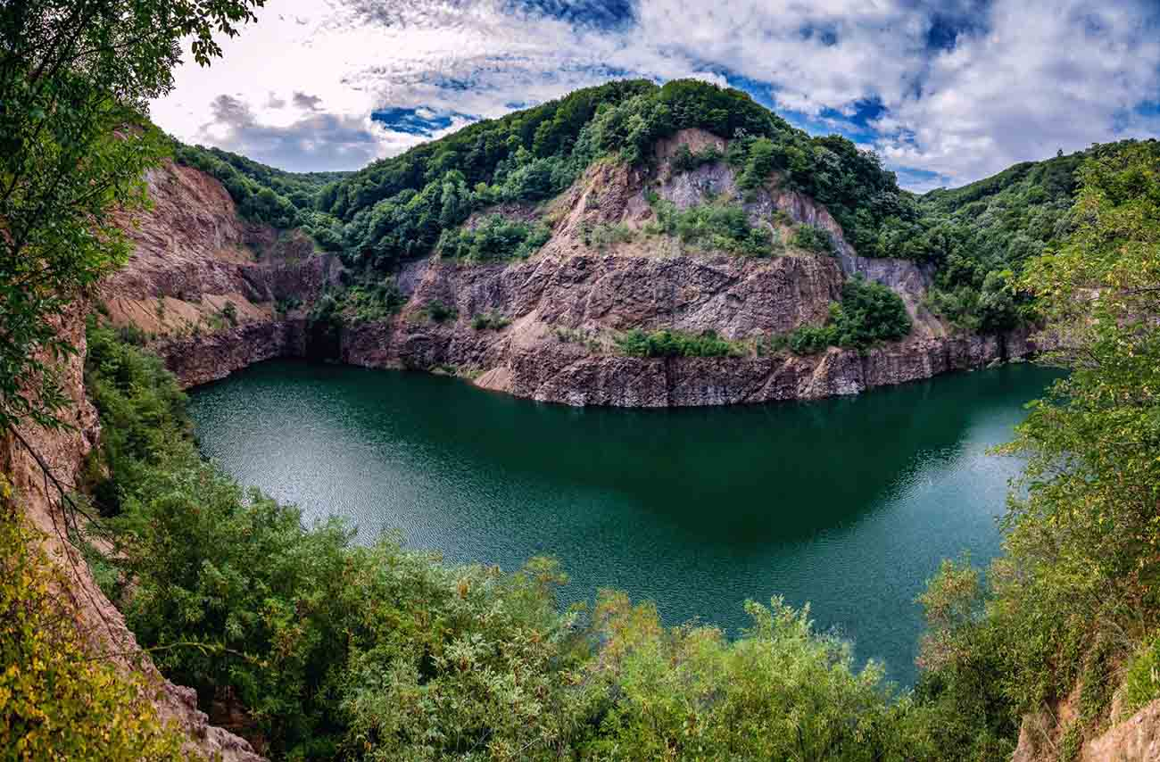 Ledinacko Lake